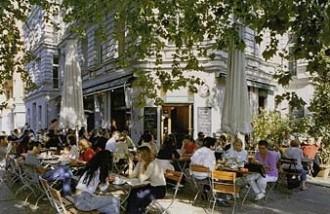 berlin hotels ackselhaus hotel berlin bluehome markt am kollwitzplatz. Black Bedroom Furniture Sets. Home Design Ideas